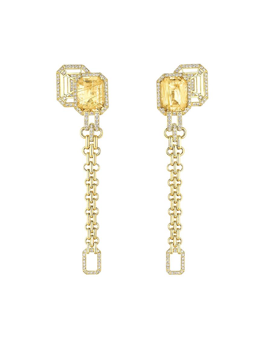 Lovely 18 Karat White Gold And Diamond Finger Ring